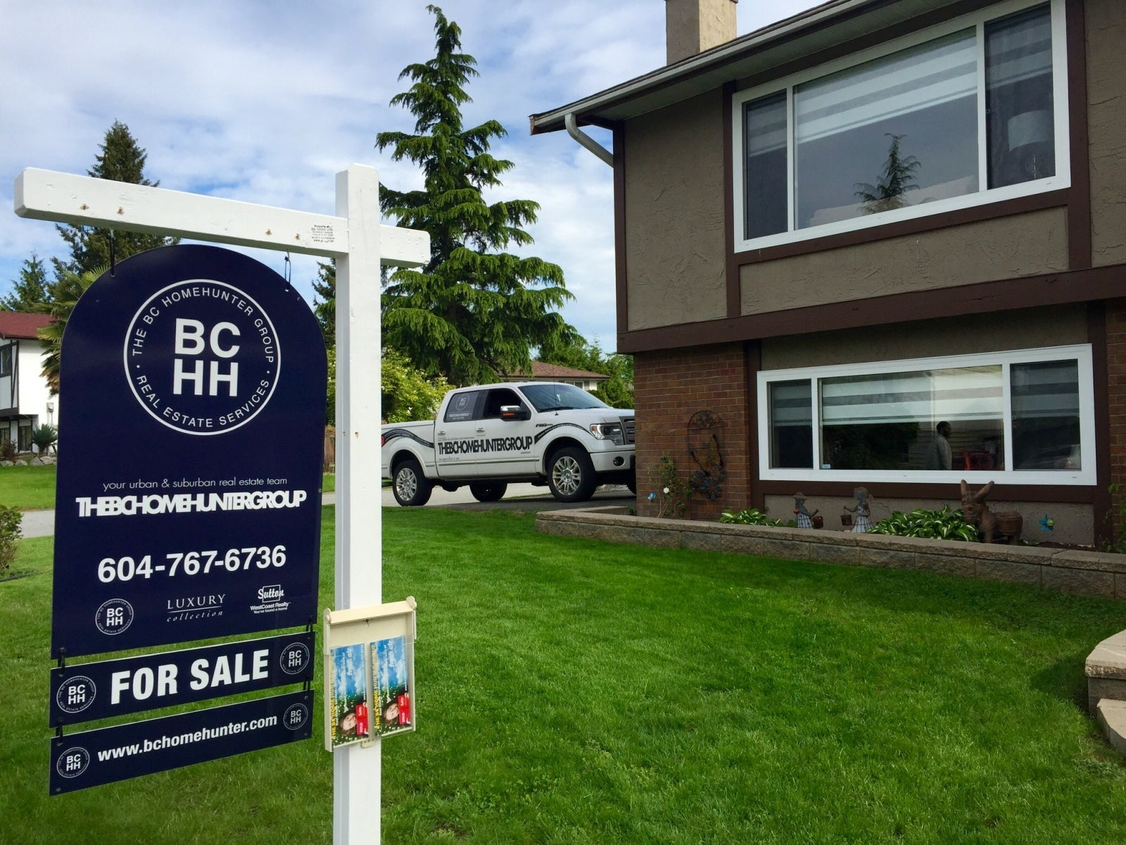 THE BC HOME HUNTER GROUP #BCHOMEHUNTER.COM 604-767-6736